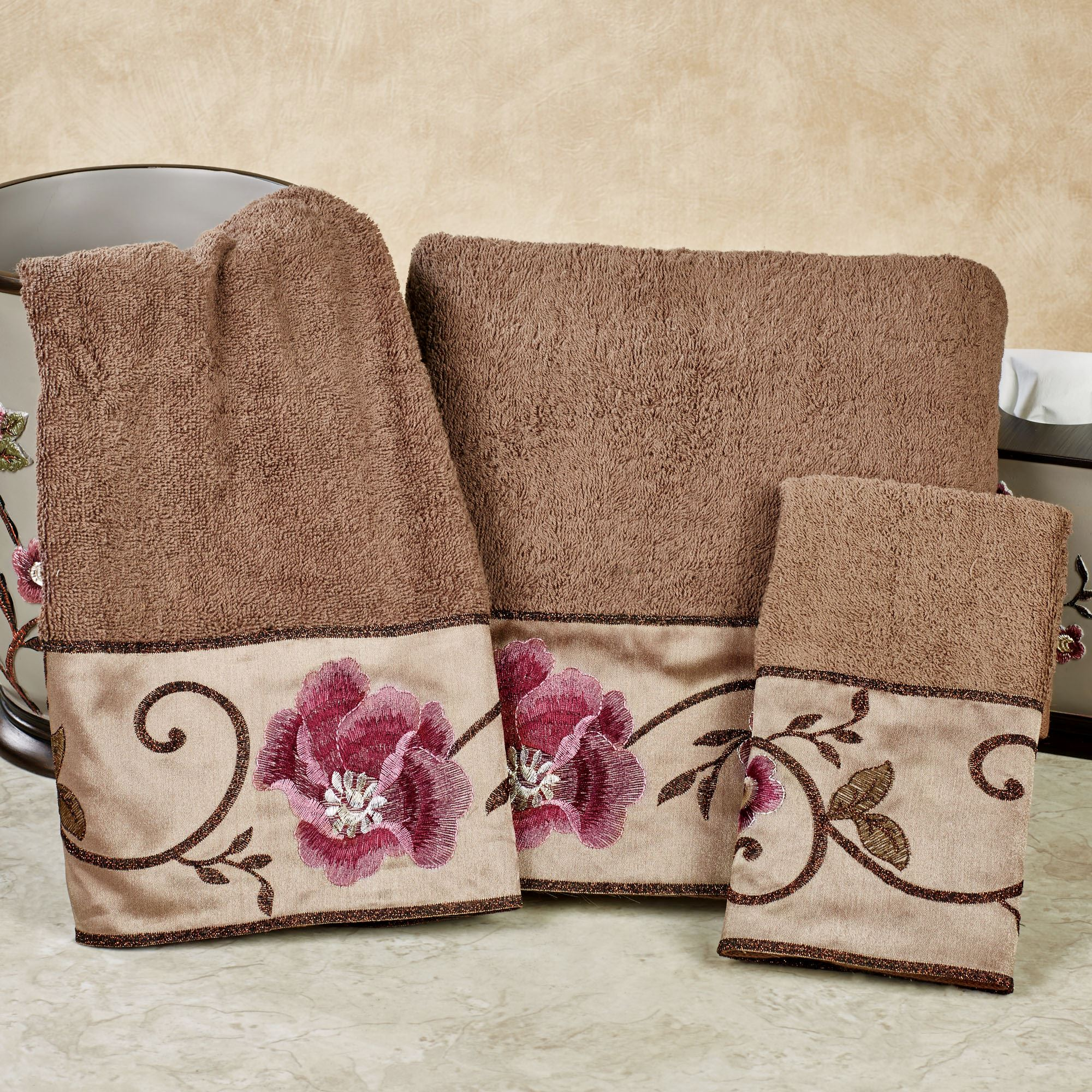 Larissa Bath Towel Set Cocoa Hand Fingertip Touch To Zoom