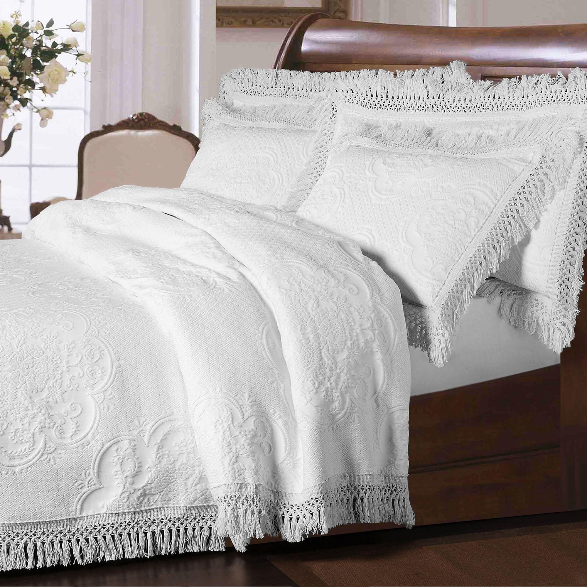 Hyde Park Fringed Oversized Bedspread Bedding