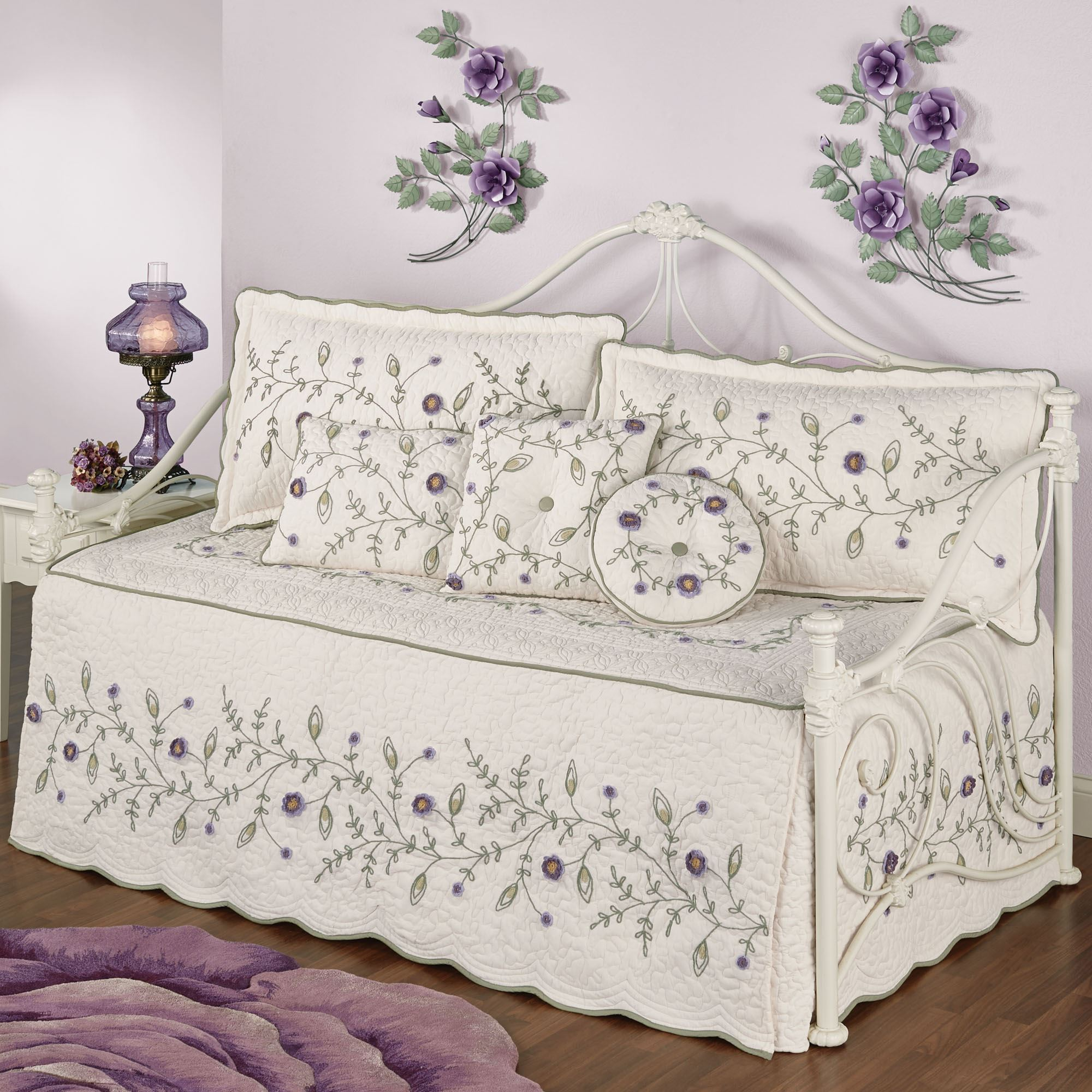 Blossom Floral Quilted Daybed Bedding Set