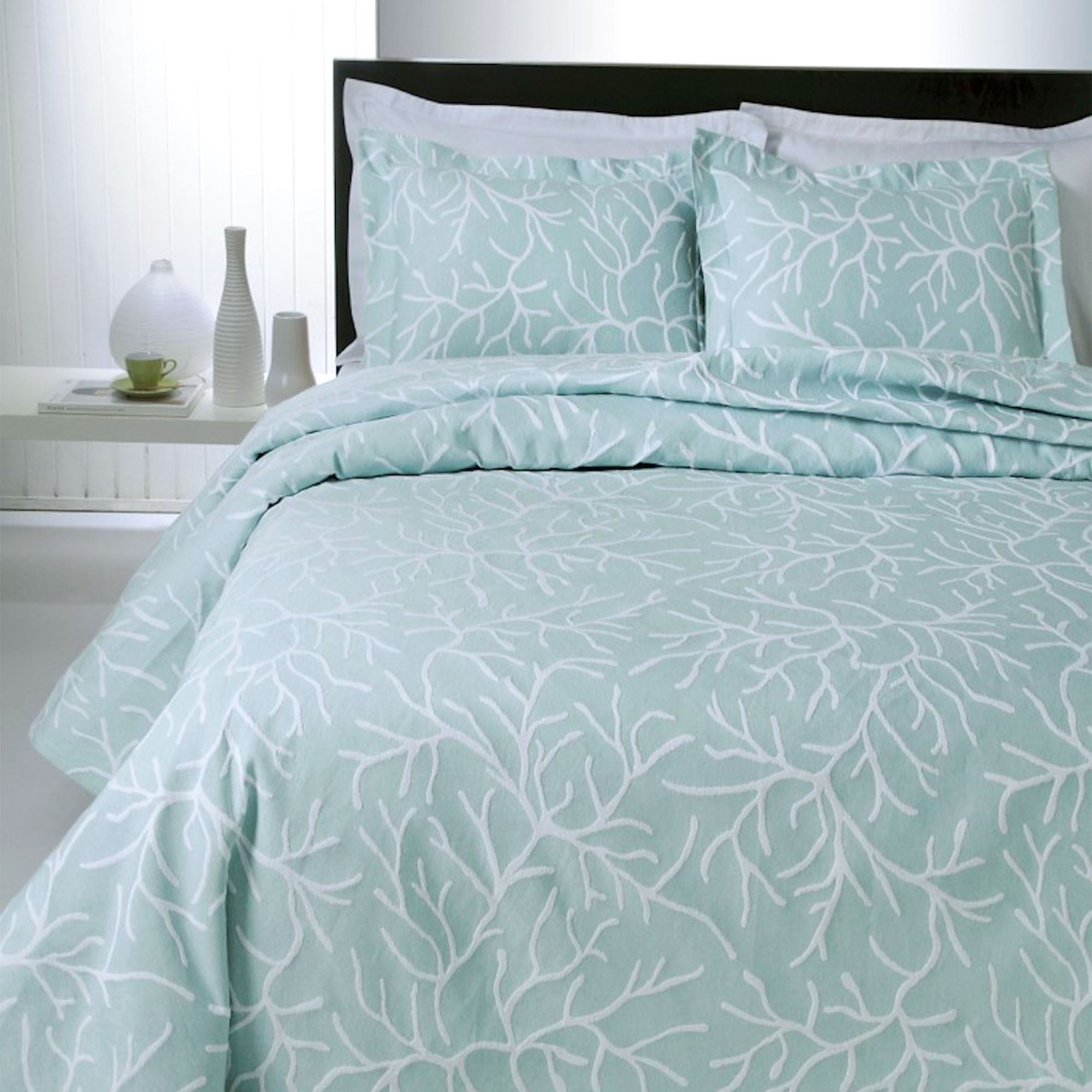 Coral Delight Coastal Woven Matelasse Coverlet Bedding By