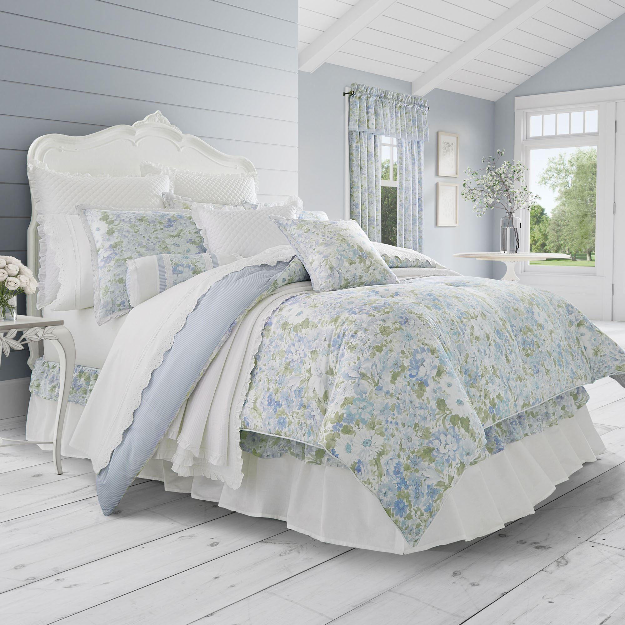 Merveilleux Flowerbed Comforter Set Wedgewood Blue