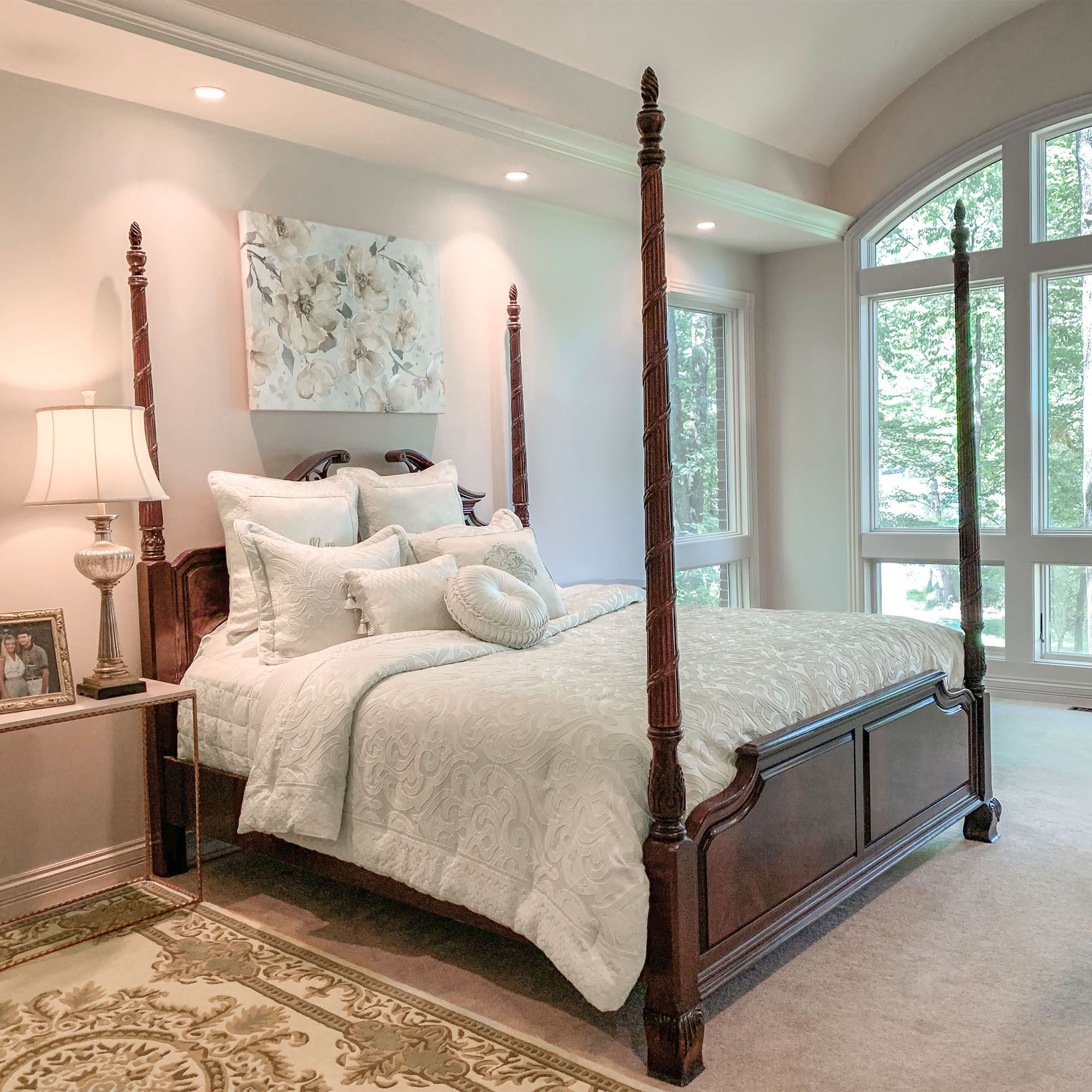 Seraphina Ivory Damask Comforter Bedding