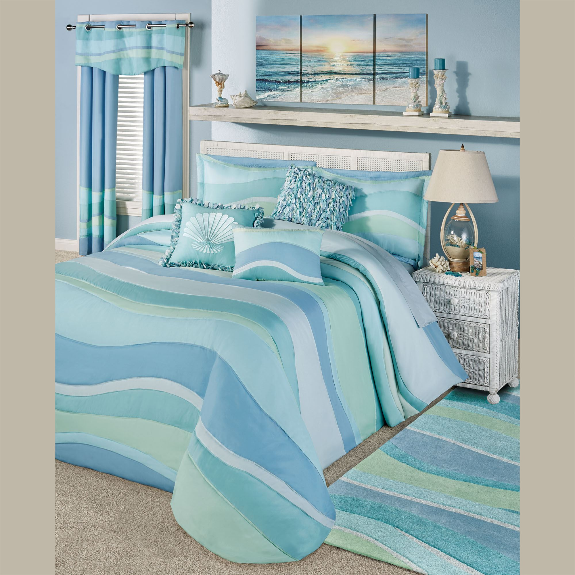 Ocean Tides Ii Lightweight Oversized Coastal Bedspread Bedding