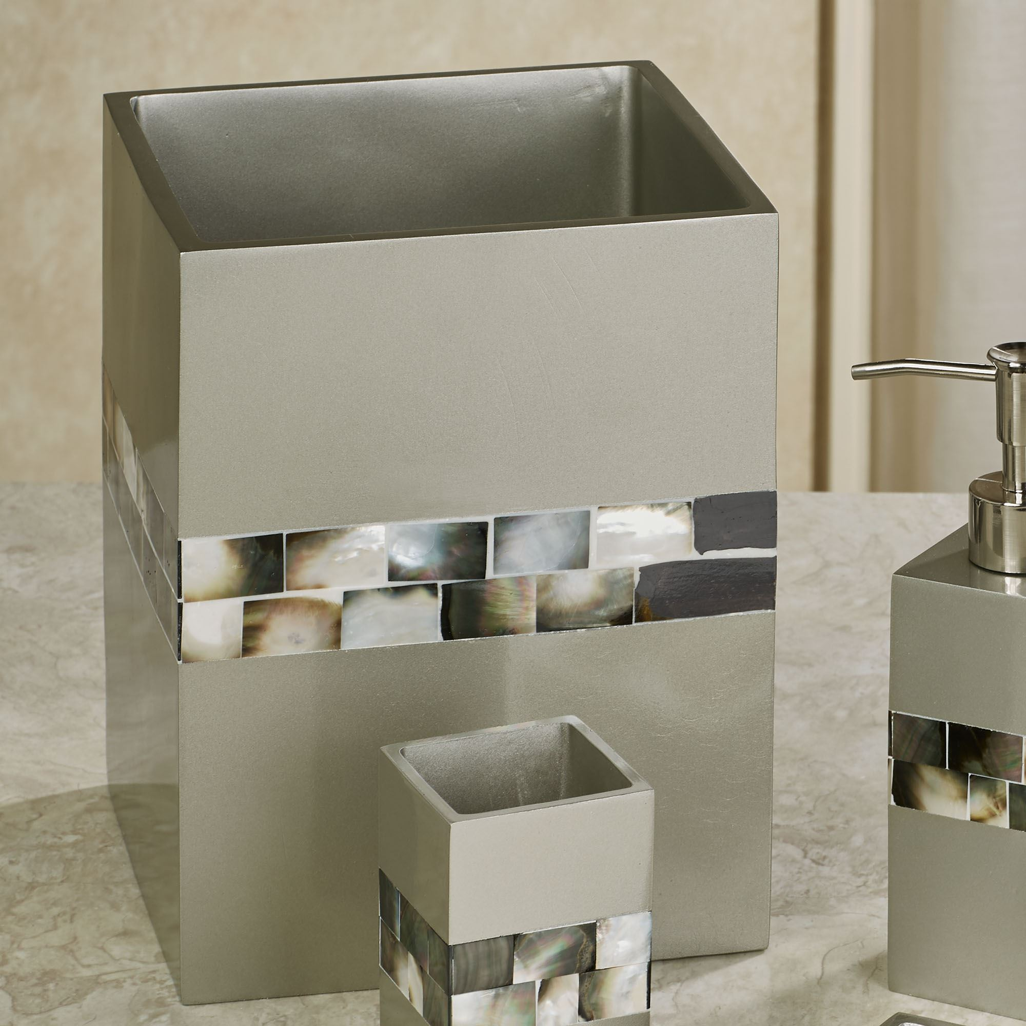 Madreperla Wastebasket Silver