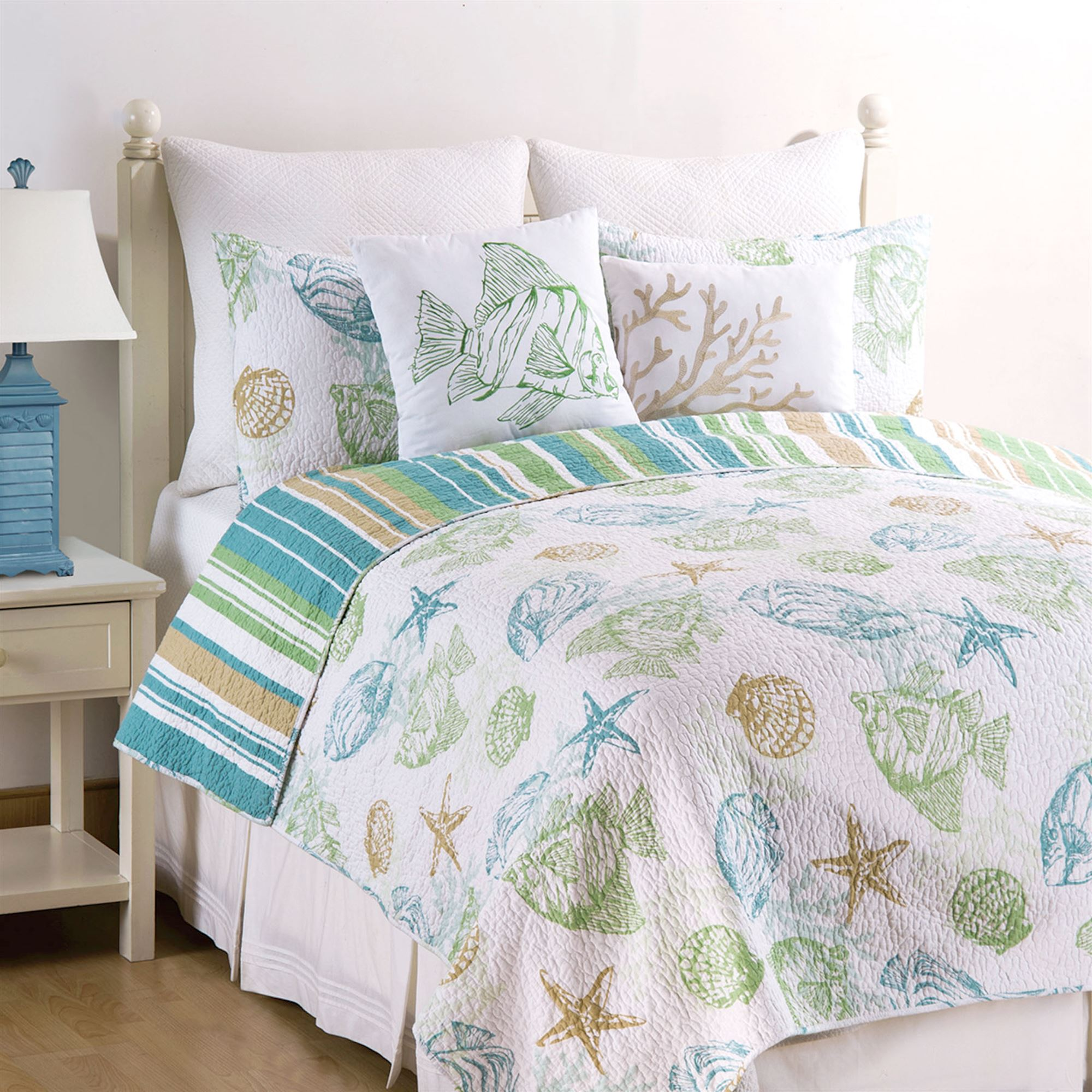 Reef Point Fish Seashell Coastal Quilt Set