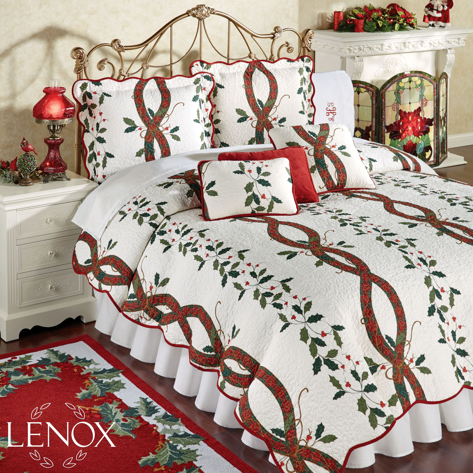 Nouveau Stripe Holly Holiday Quilt Bedding - a Lenox design : holiday bedding quilts - Adamdwight.com