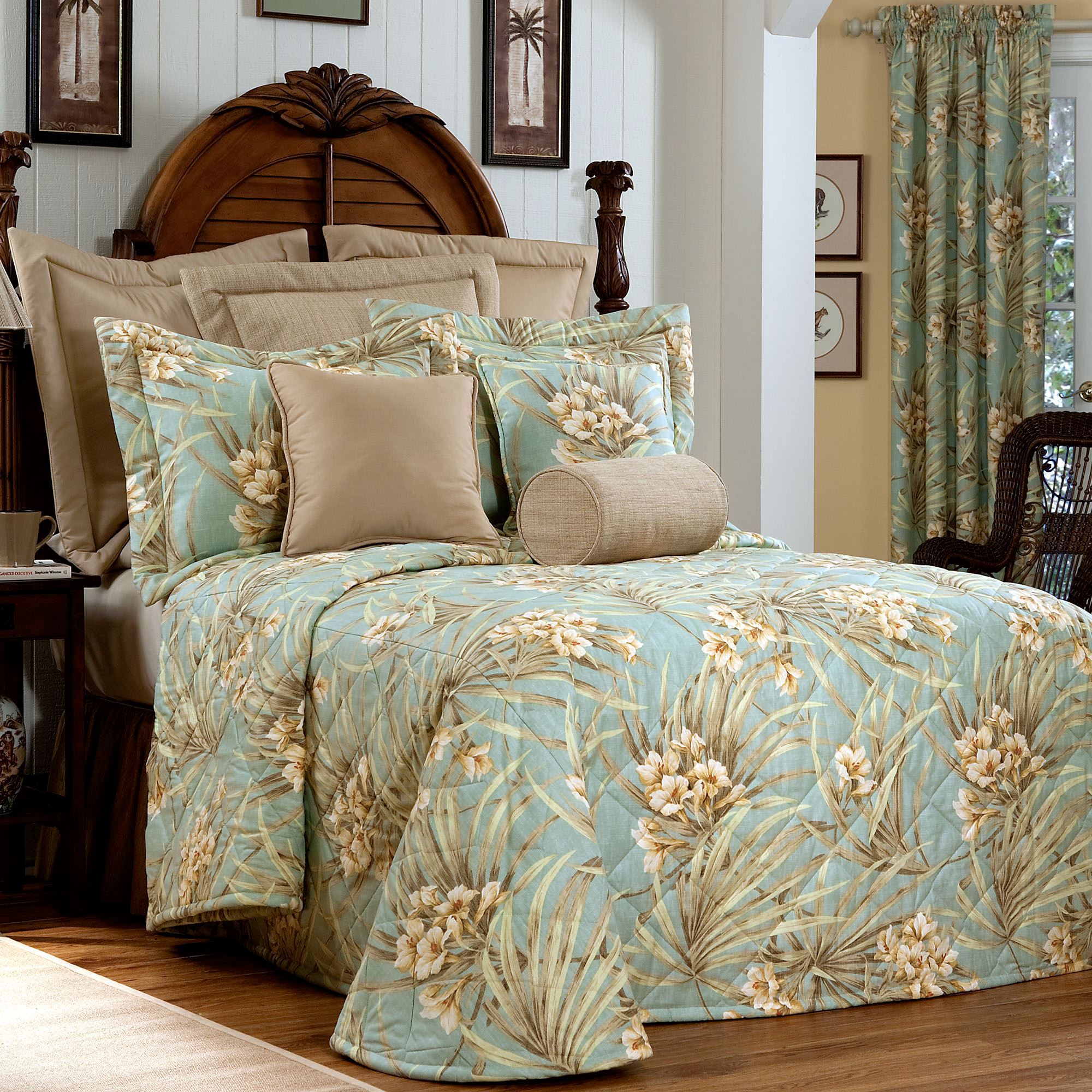 Martinique Tropical Bedspread Turquoise Click To Expand