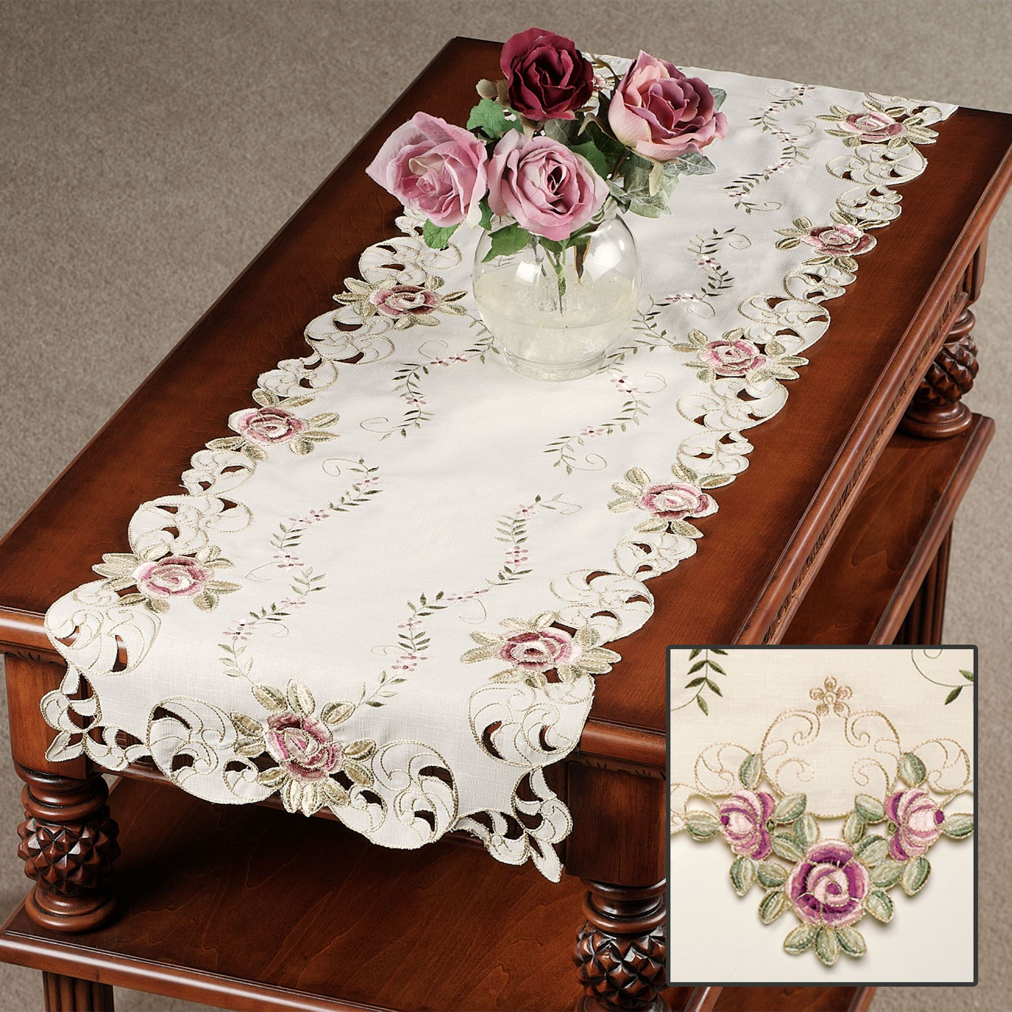 Attrayant Touch To Zoom · Bella Rose Table Runner ...