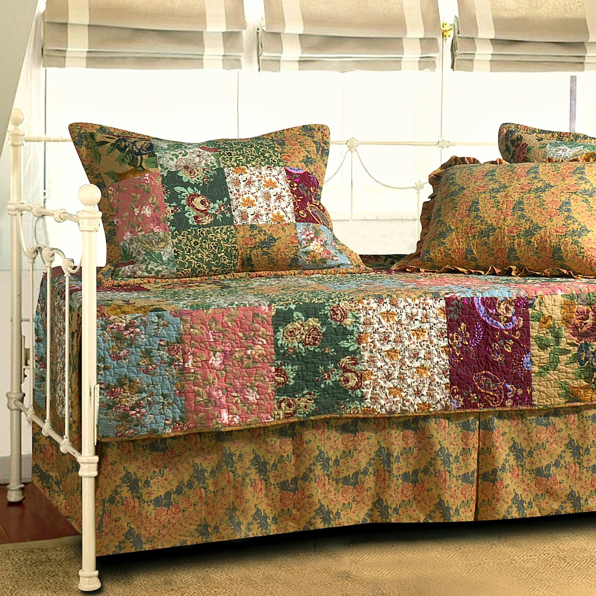 Antique Chic Patchwork Quilted Daybed Cover Set