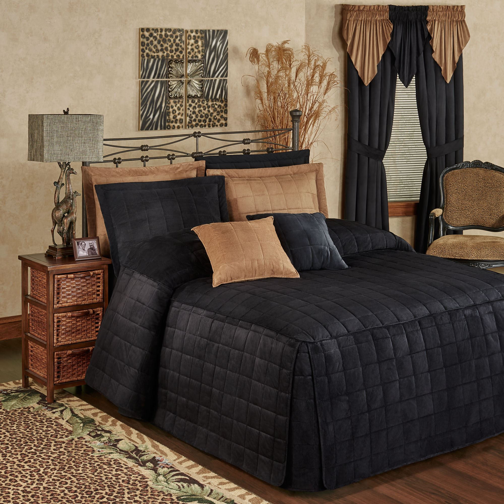Camden Onyx Grande Oversized Fitted Bedspread Bedding