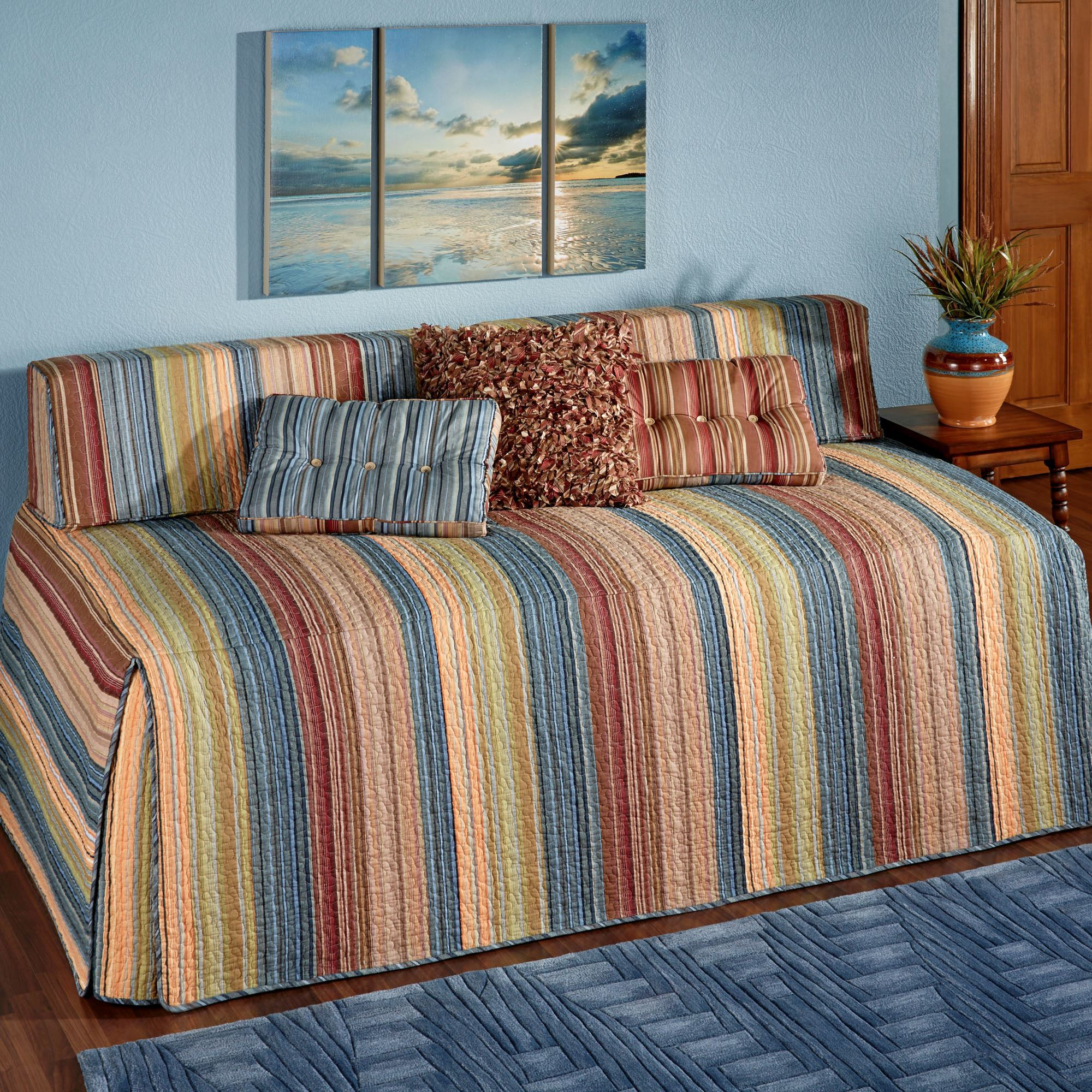 Katelin Striped Quilted Hollywood Daybed Cover Bedding