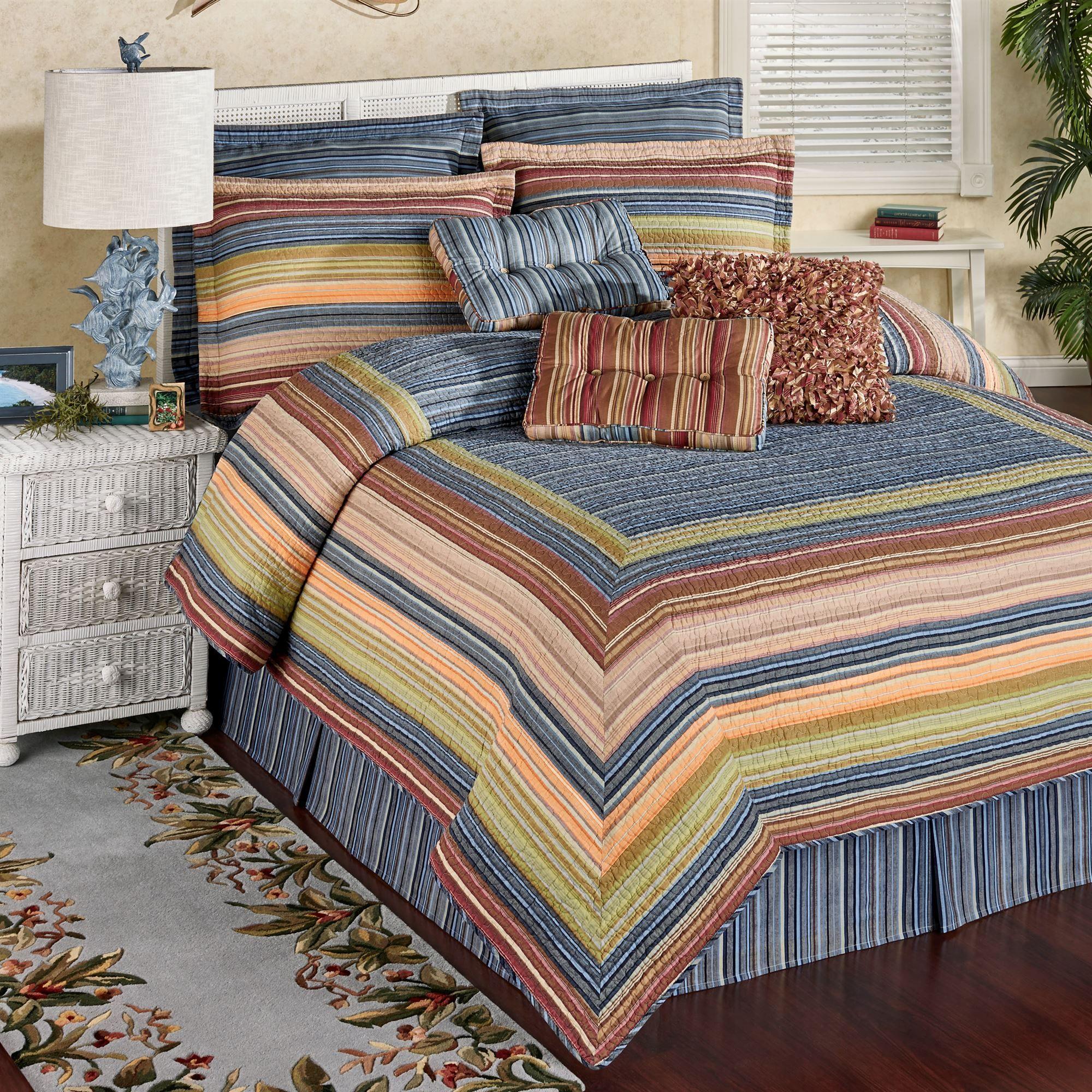 Katelin Reversible Striped Quilt Set
