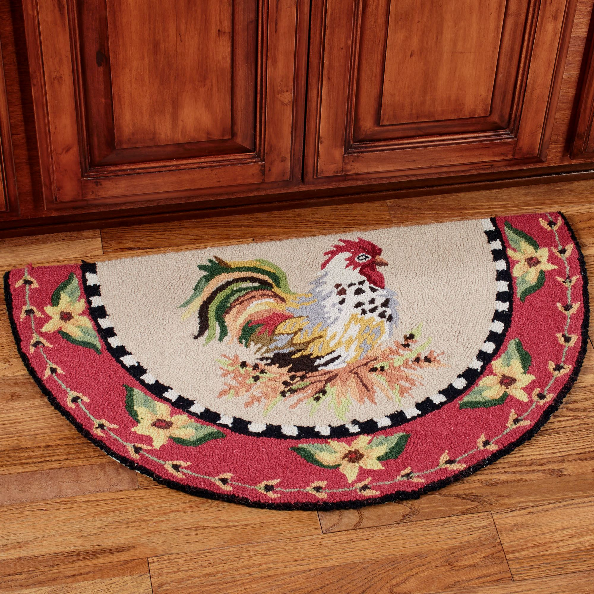 Sitting Pretty Rooster Hooked Slice Rug