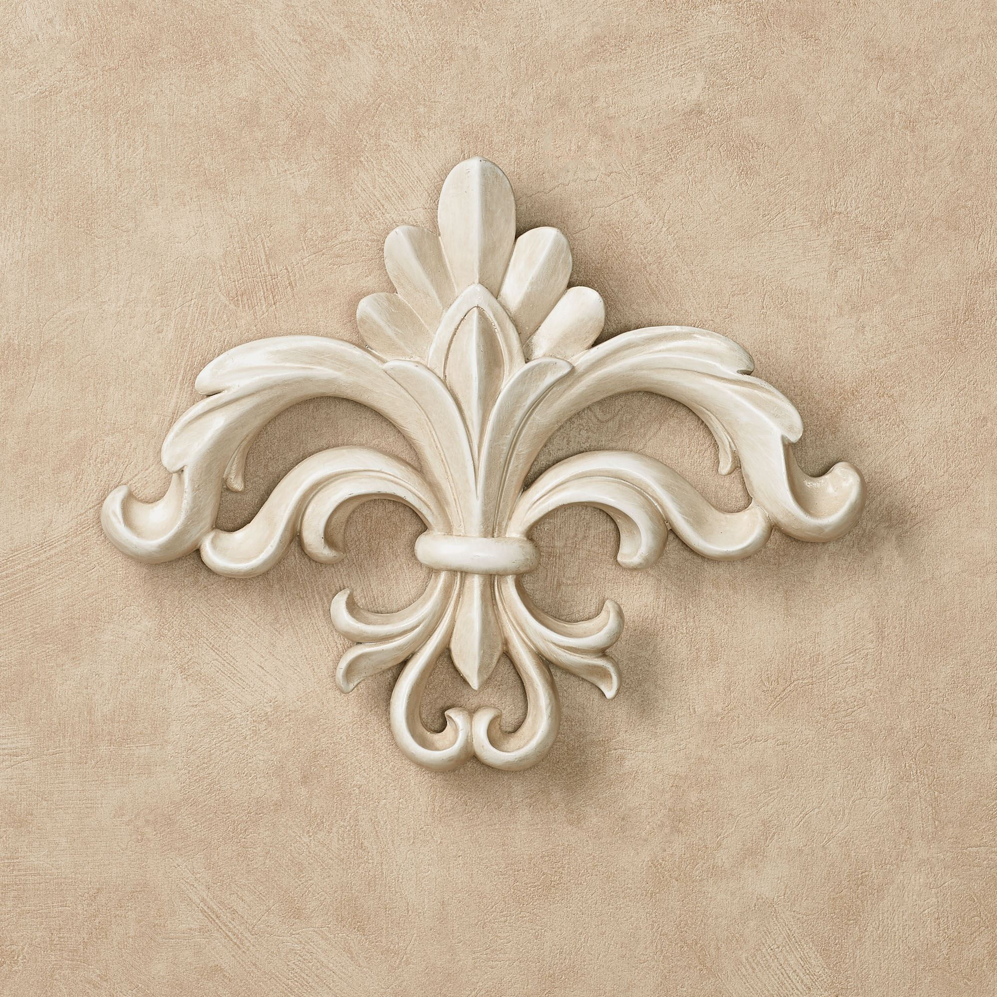 Rhett Antique White Fleur De Lis Wall Accent