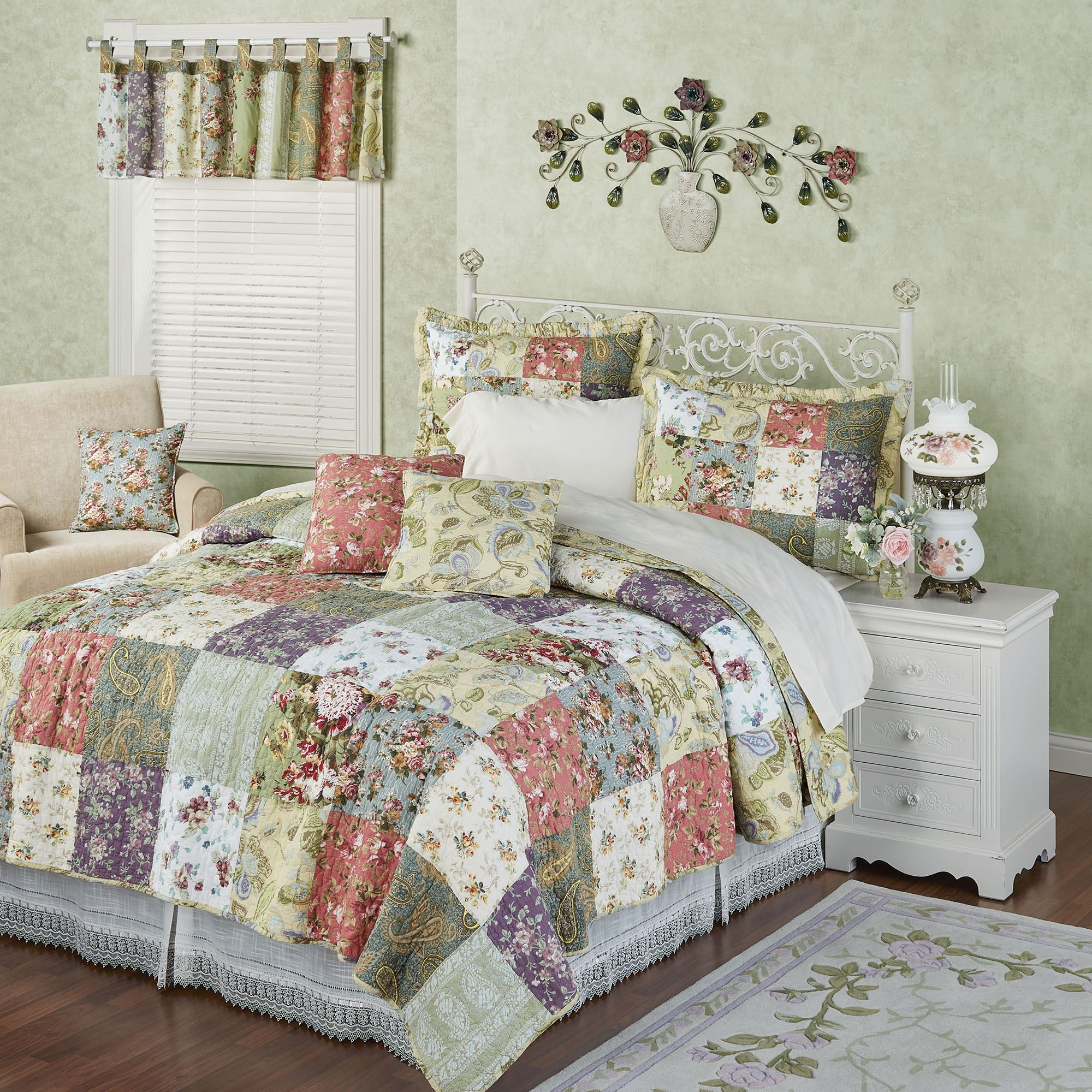 chausub size coverlet pillowcase item king quilt bedspread set in garden on cover korea from cotton home quilted bed sheets floral quilts patchwork