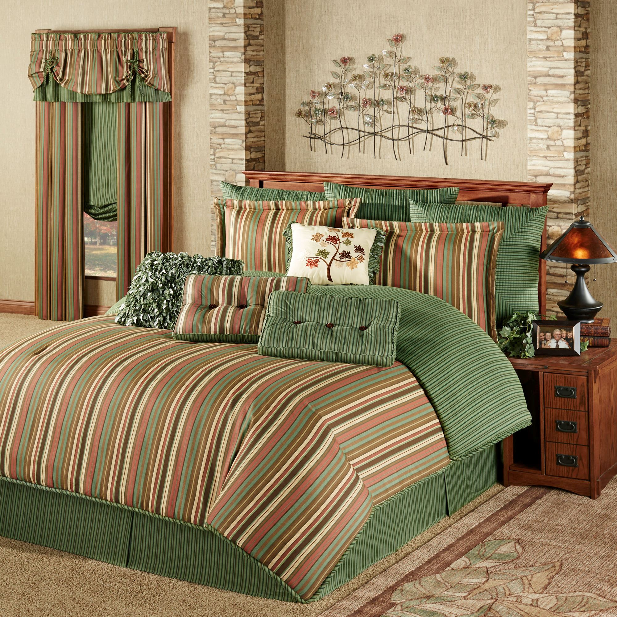 Riverpark Reversible Striped Comforter Bedding