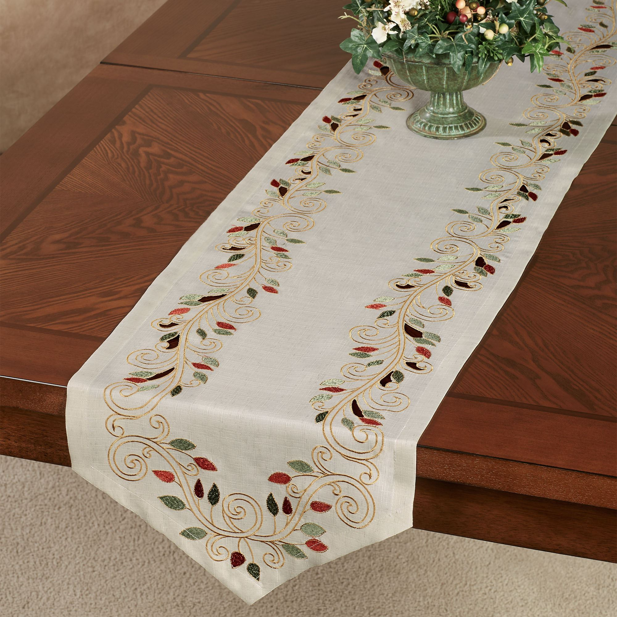 Scrolling Leaves Cutwork Embroidered Dining Table Linens
