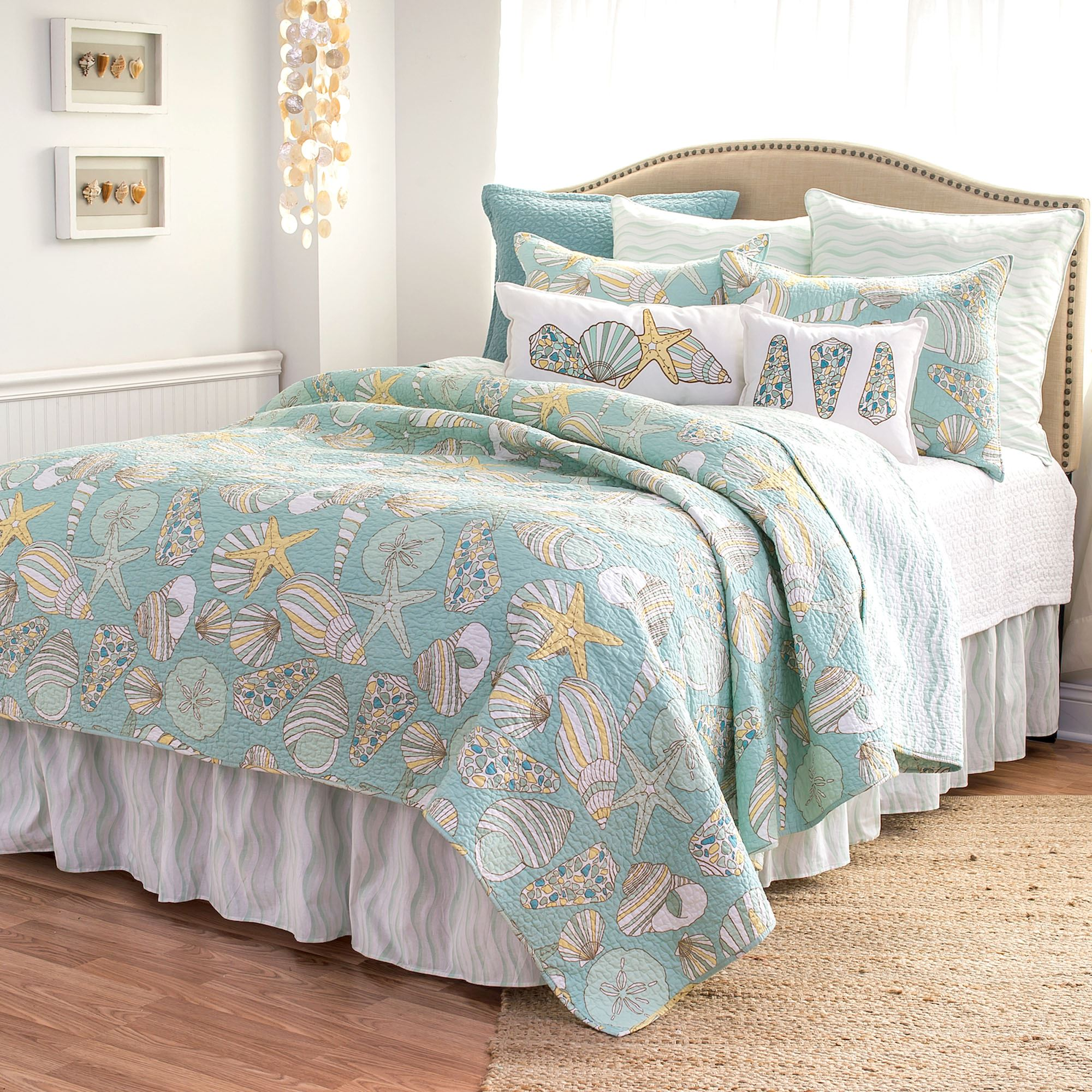 Cabana Bay Coastal Seashell Quilt