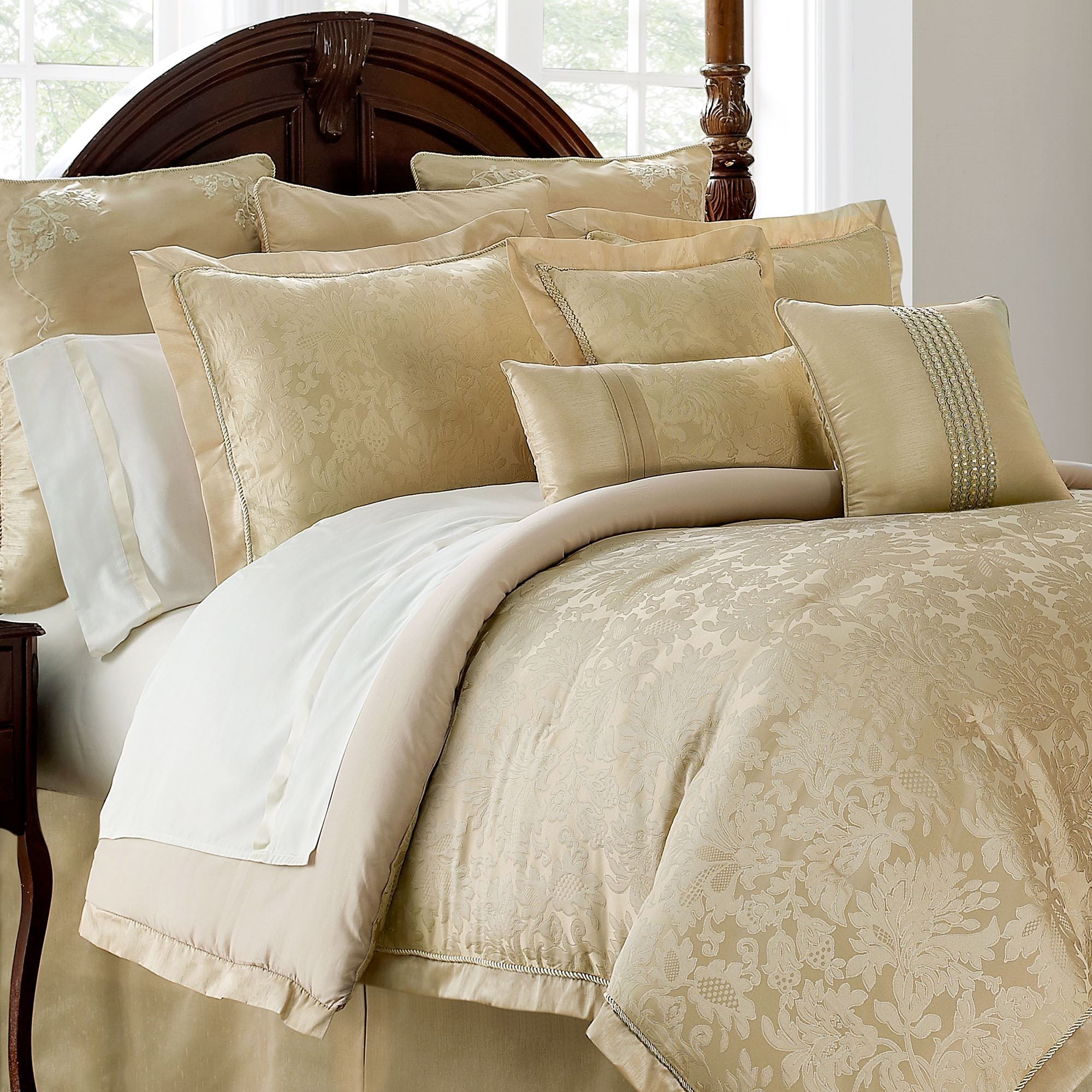 of set medallion linen comforter waterford damask by darcy inspirations full bedding magnificent sets images size olympia