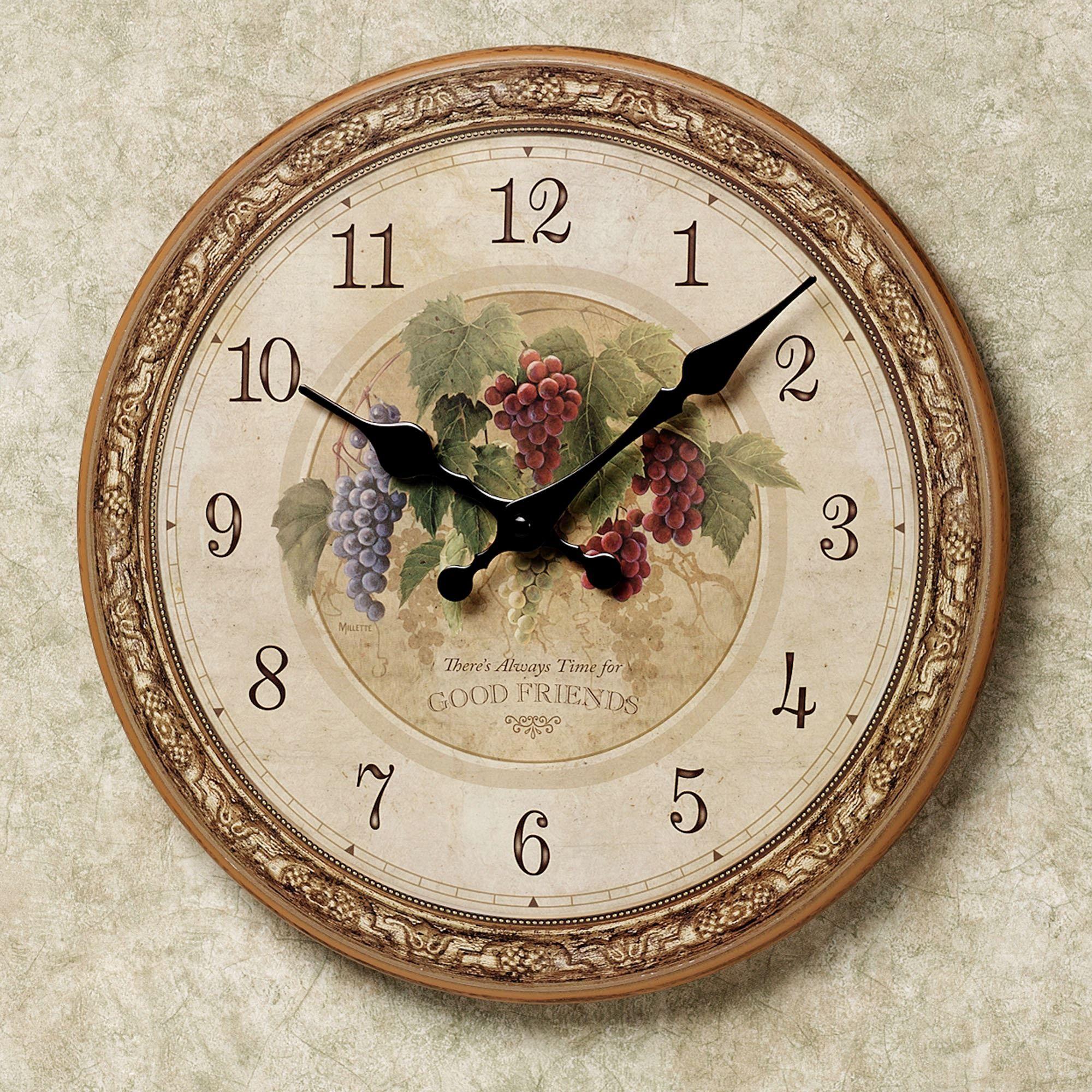 Winery Grapes Round Wall Clock