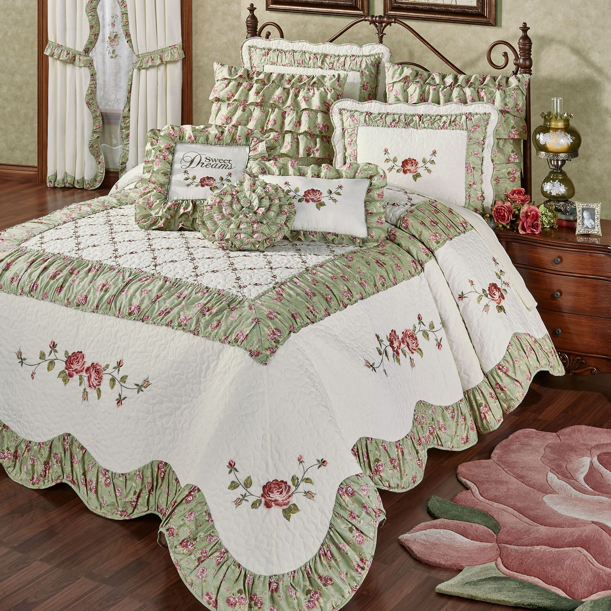 Cordial Garden Floral Quilted Oversized Bedspread