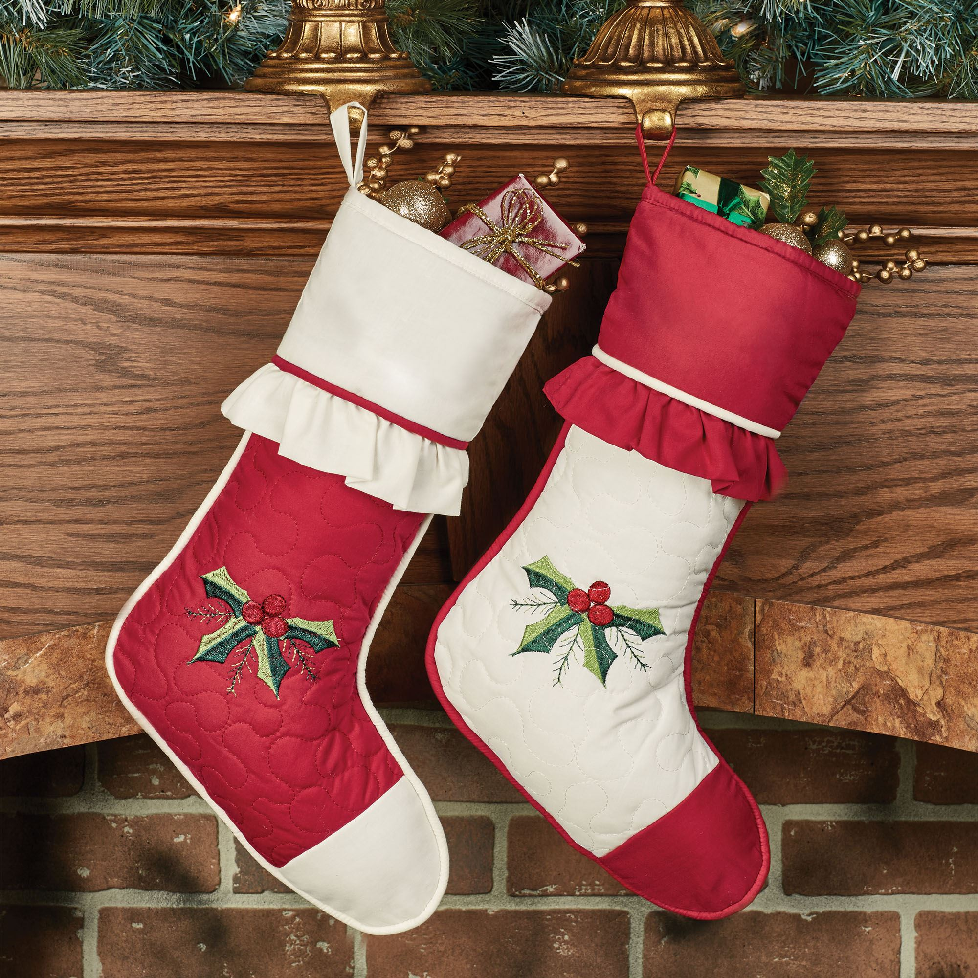 Holly Wreath Embroidered Christmas Stocking Set