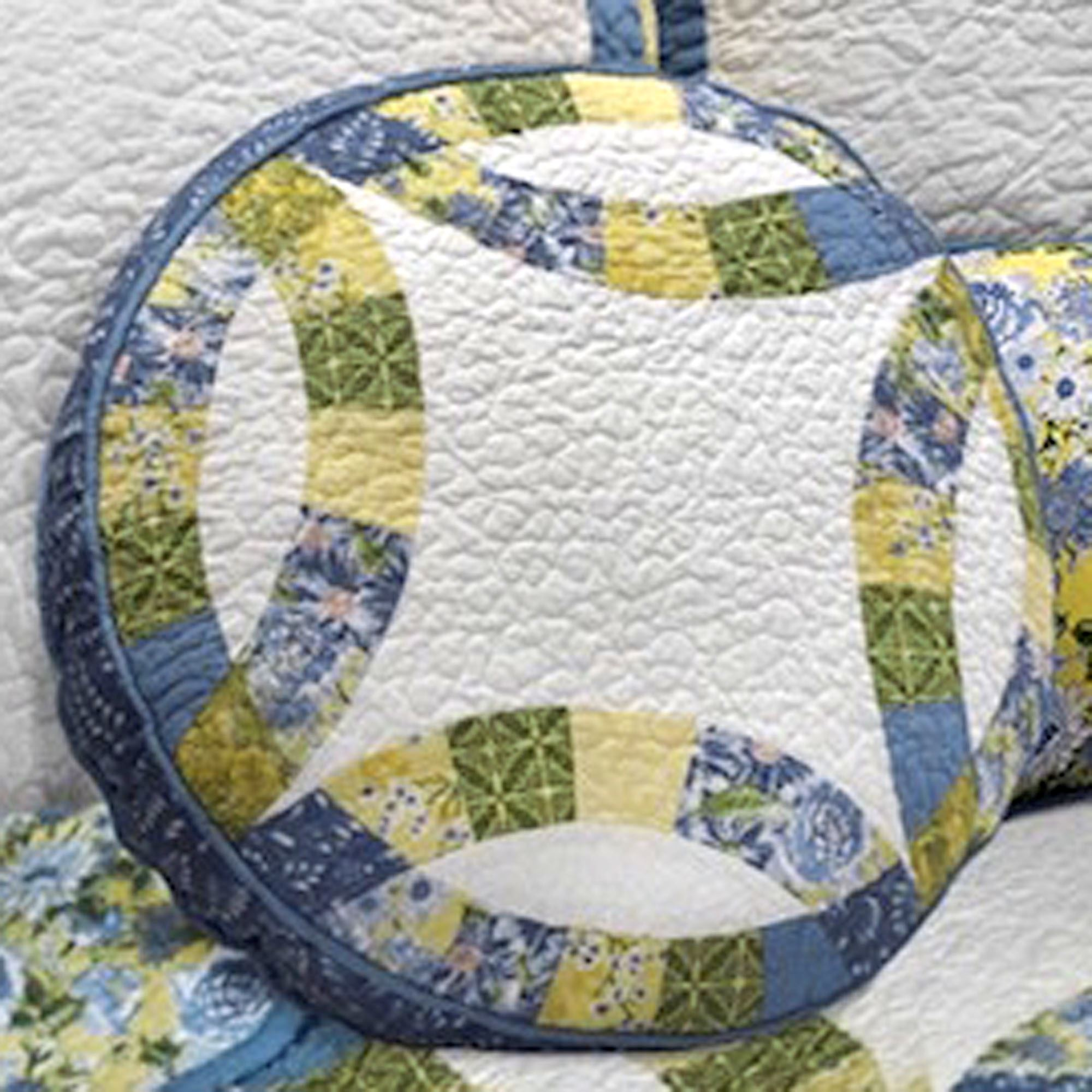 Arcadia Reversible Wedding Ring Patchwork Quilt By Donna Sharp