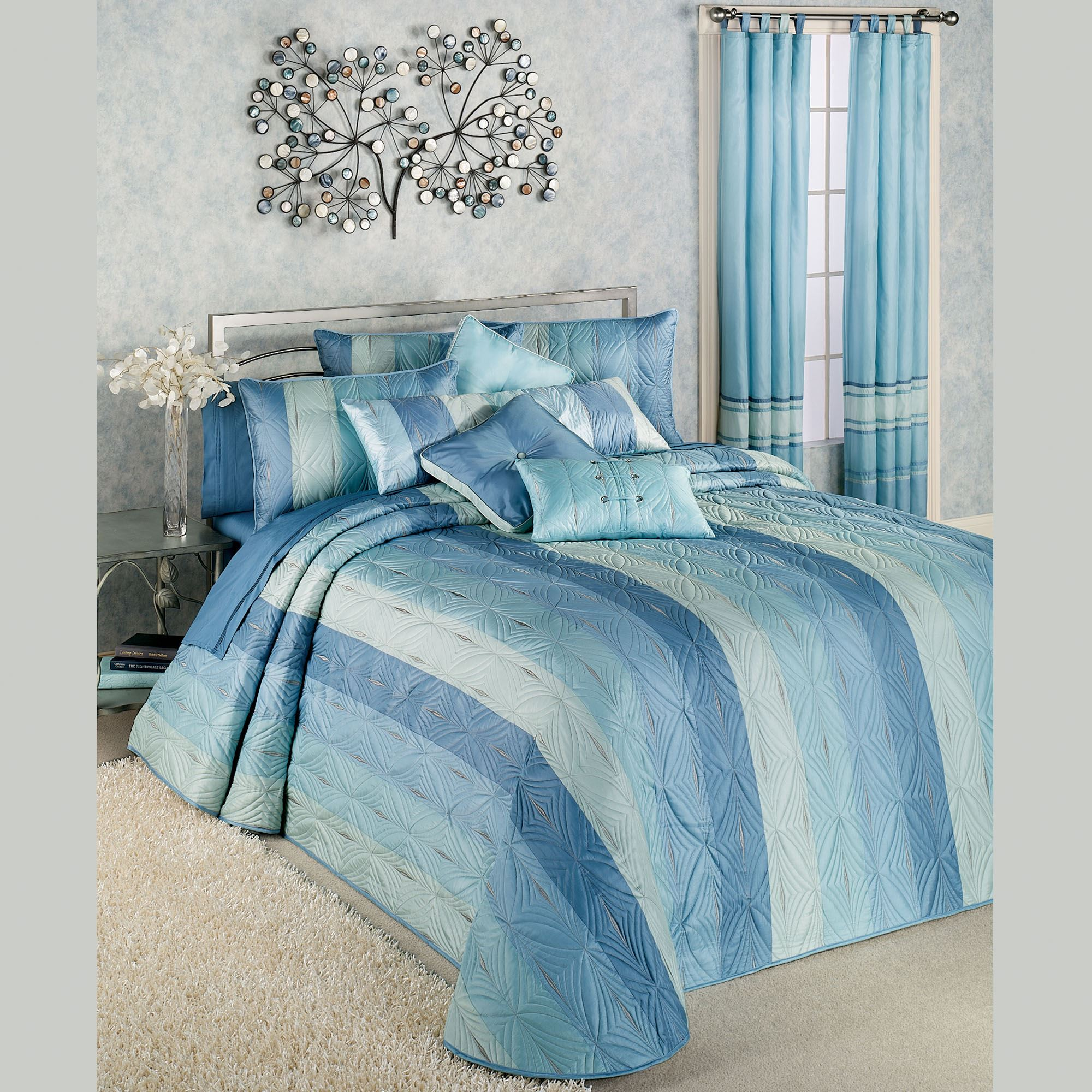 Latitude Throw Bedspread And Bedding