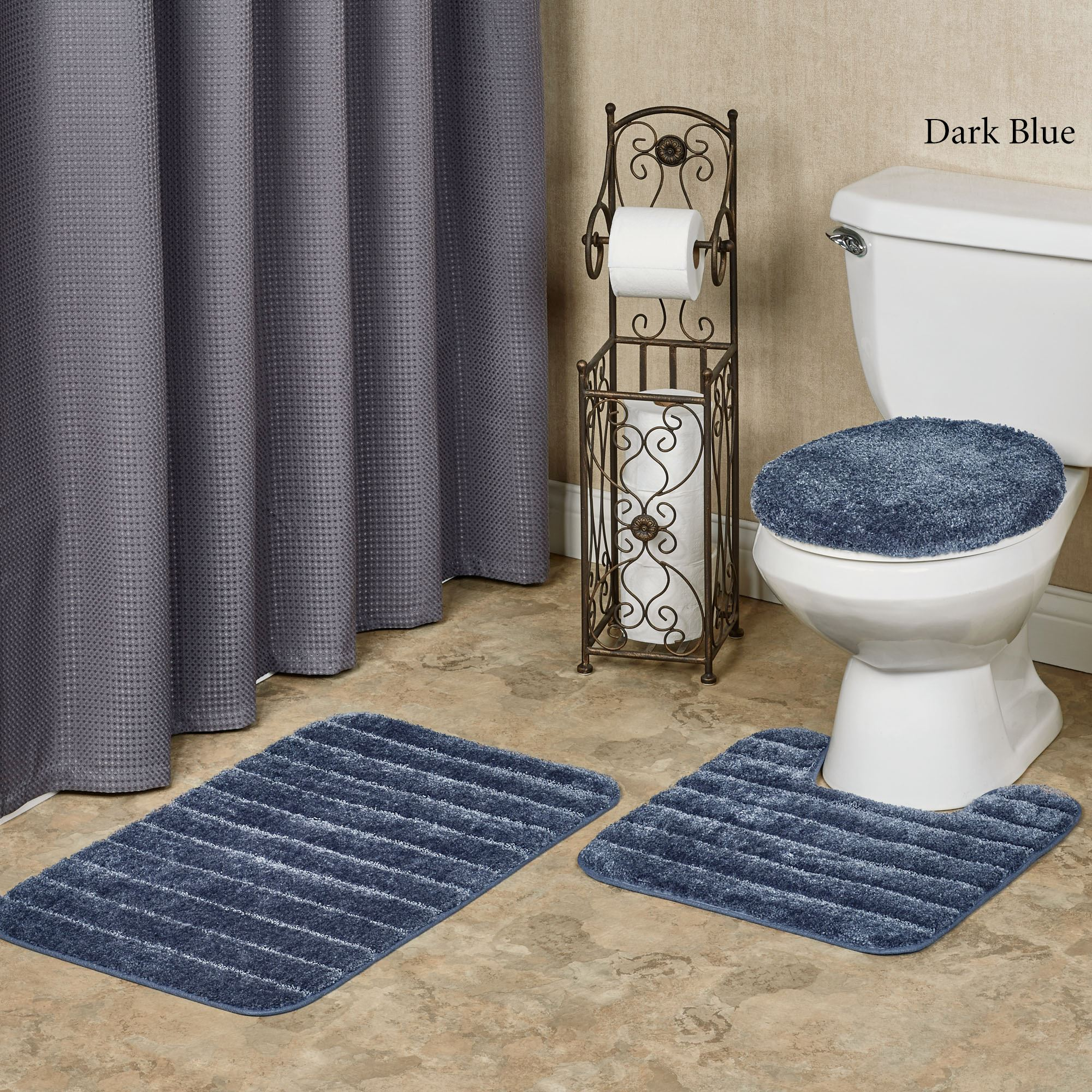 Veranda Plush Toilet Lid Cover and Bath Rugs Set