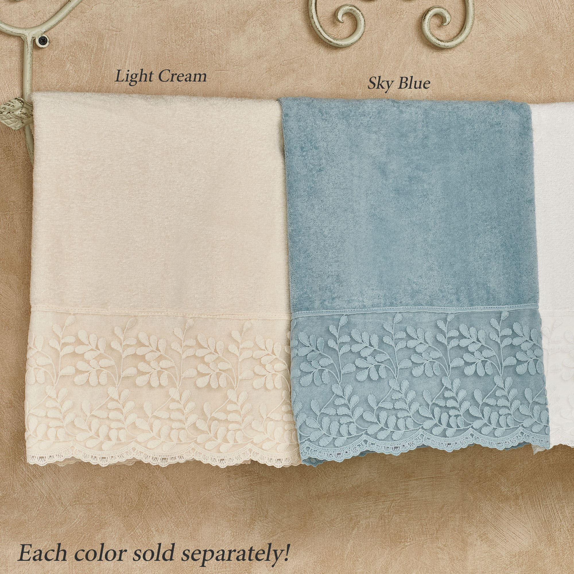 LACE TRIM HAND TOWELS