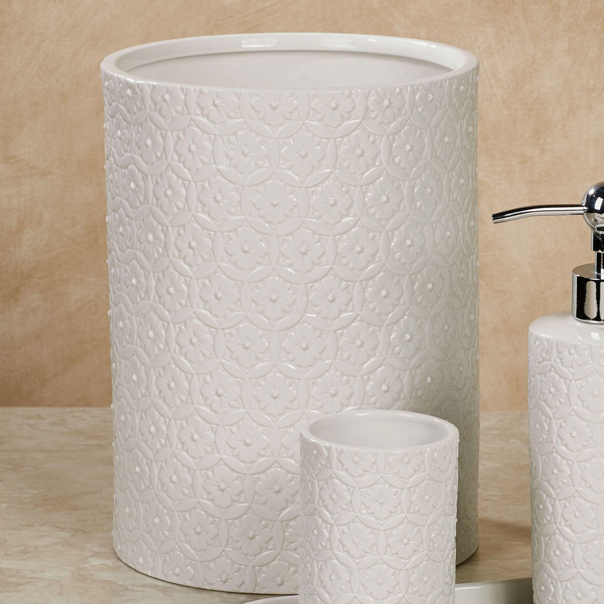 Best white porcelain bathroom accessories ideas bathtub for Best bathtub accessories
