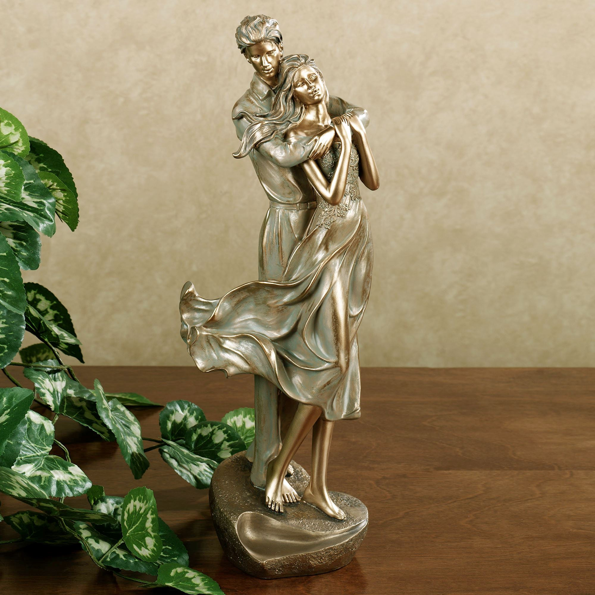 Loves Embrace Romantic Couple Figurine