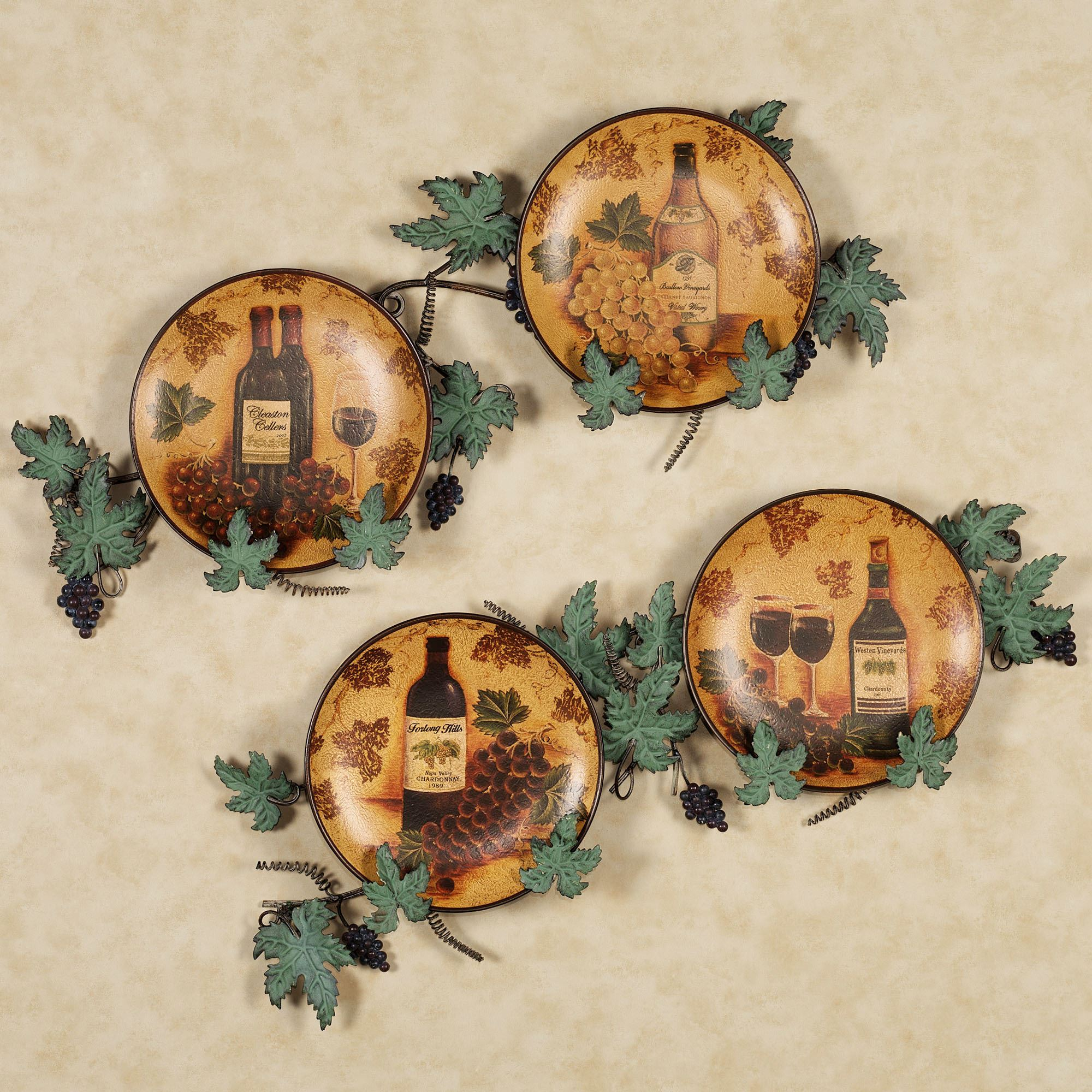 Vino wine and grapes decorative plate set for Decor plates