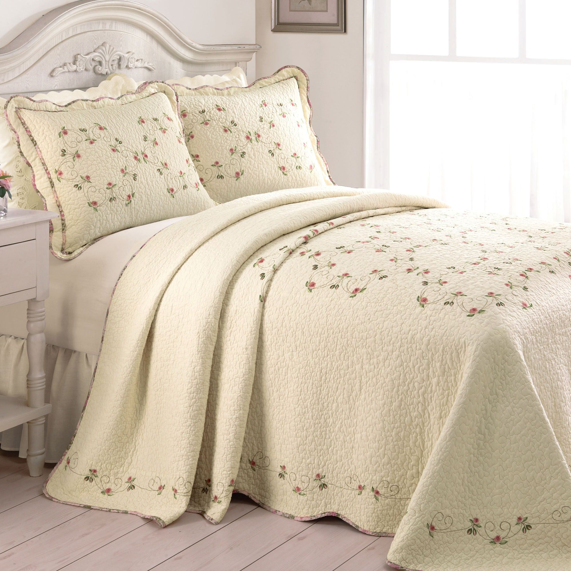 Felisa Embroidered Floral Quilted Bedspread