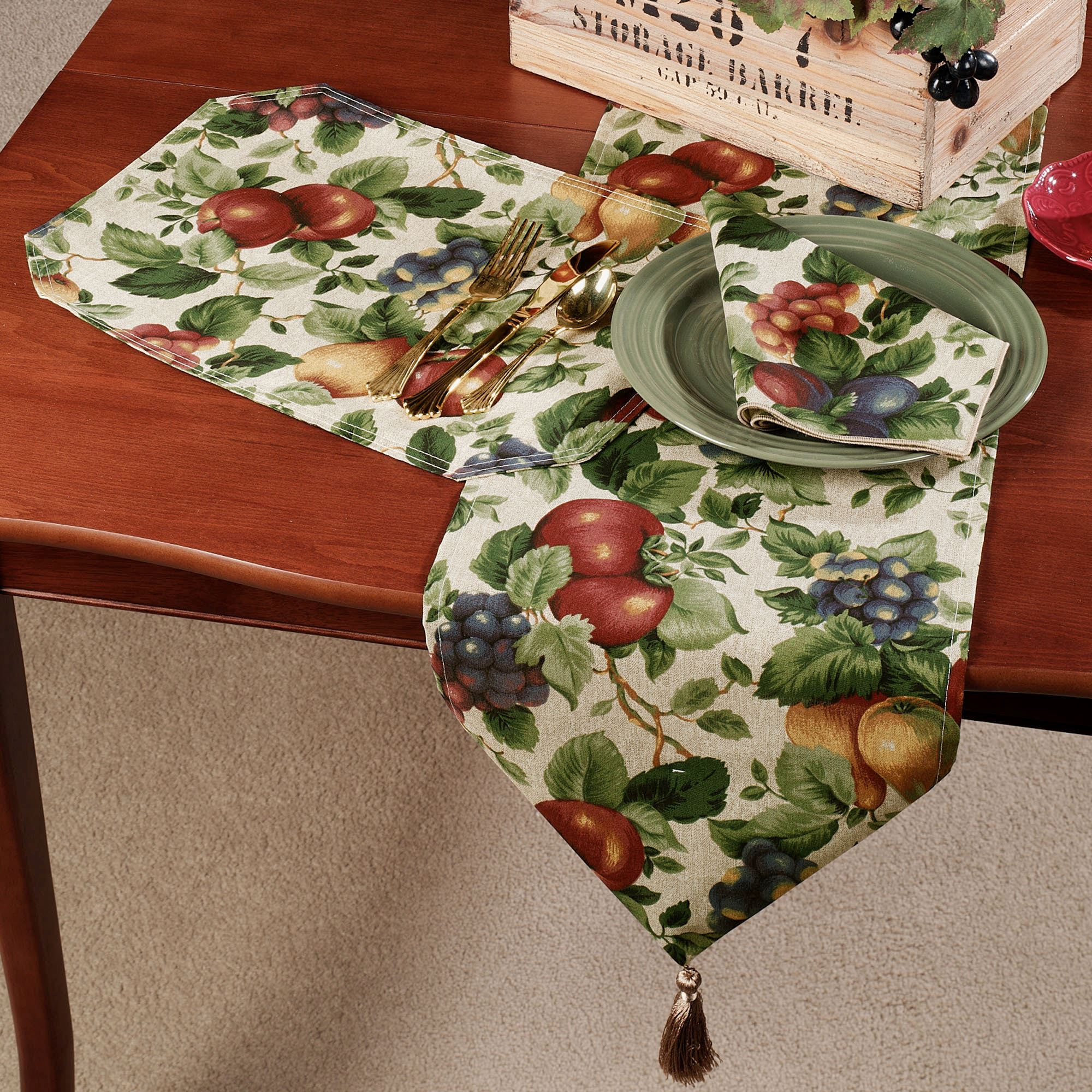 Touch To Zoom · Sonoma Table Runner ...