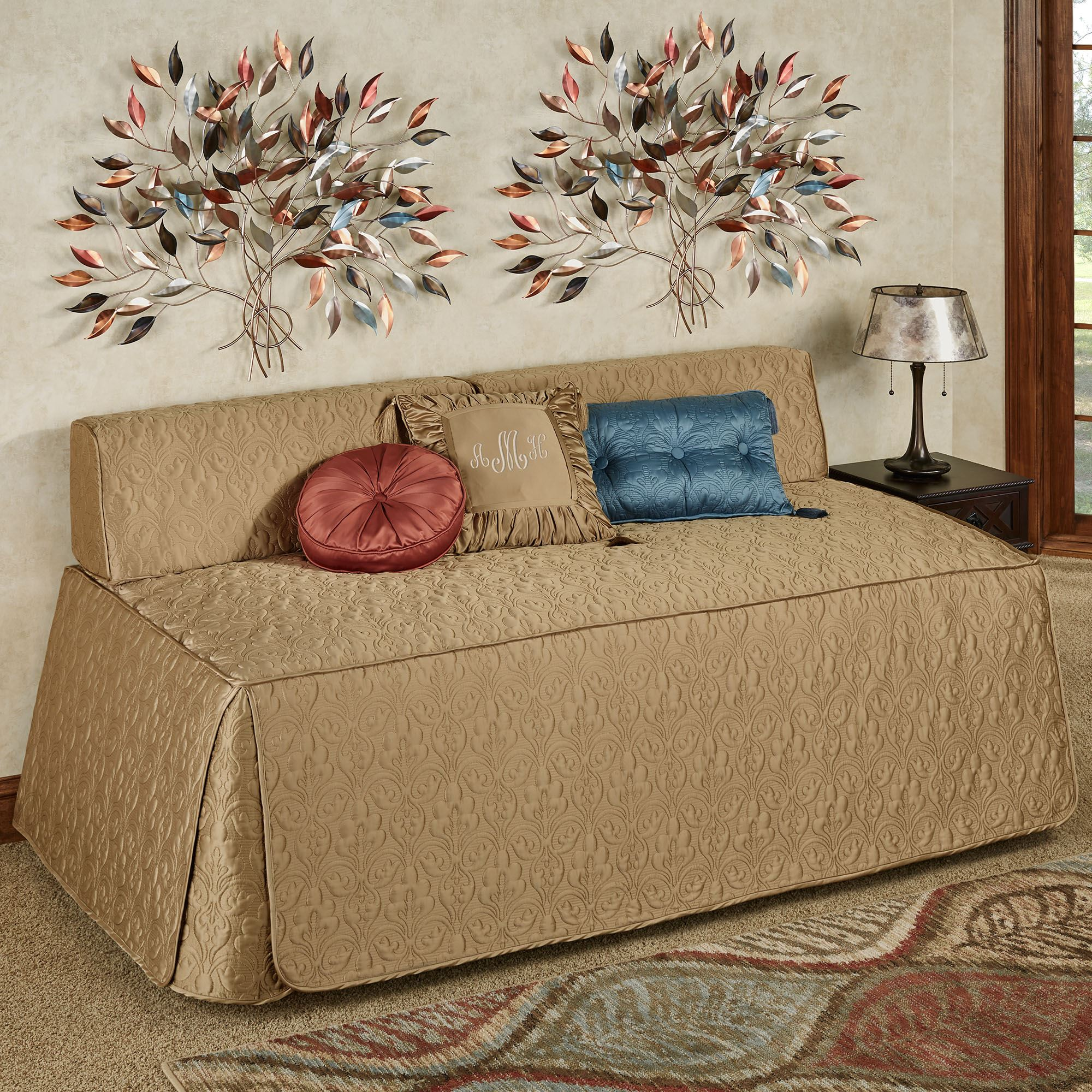 - Cambridge Classics Fitted Quilted Hollywood Daybed Cover