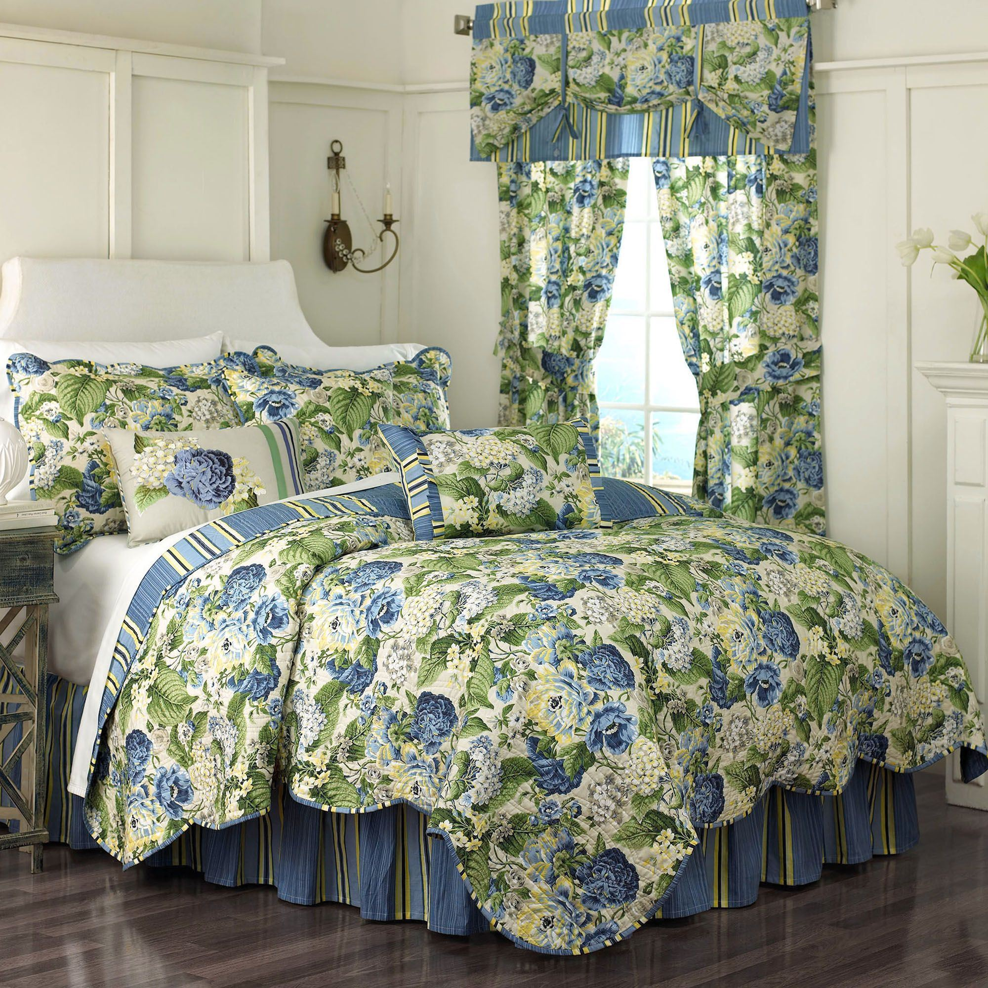 bedroom quilt sets waverly comforter discontinued white horchow quilts dillards collections bedding sale