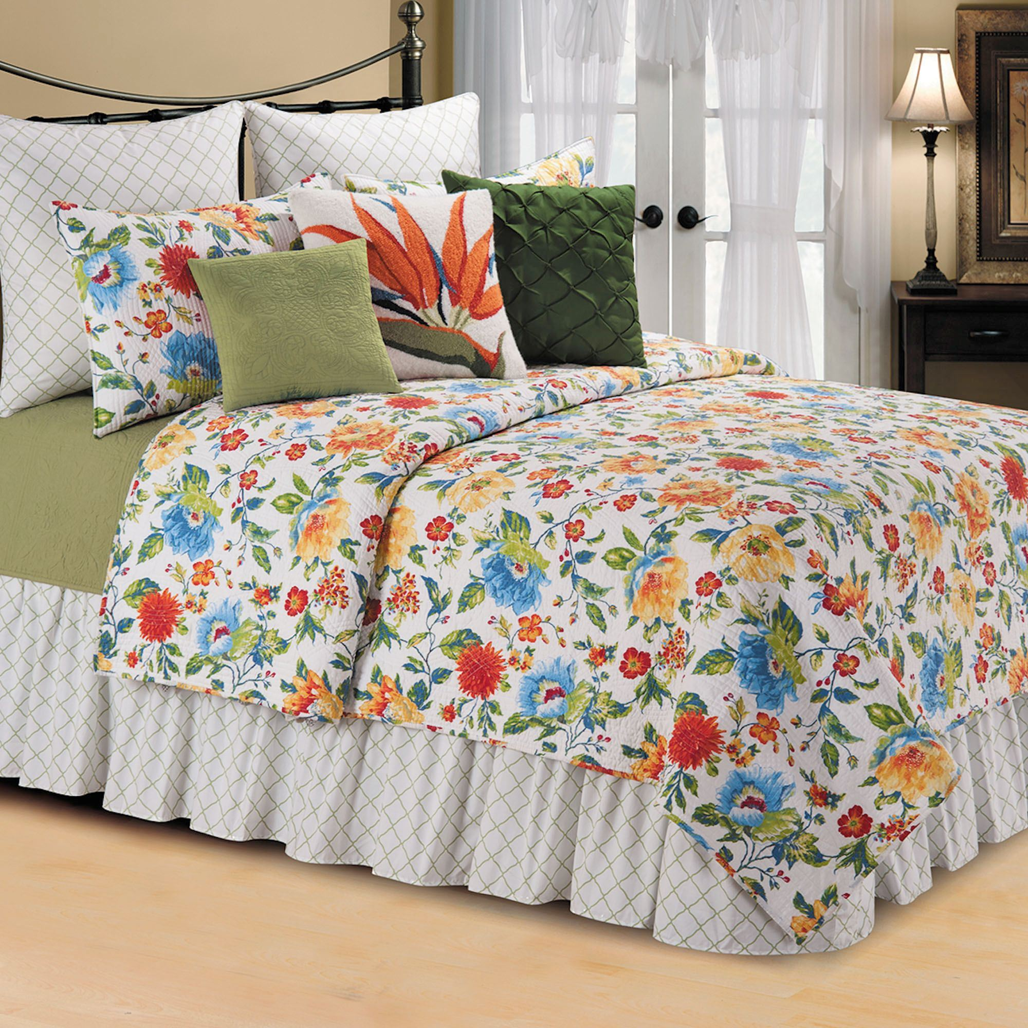 Sabrina Multicolored Floral Quilt Bedding : bedding quilts - Adamdwight.com
