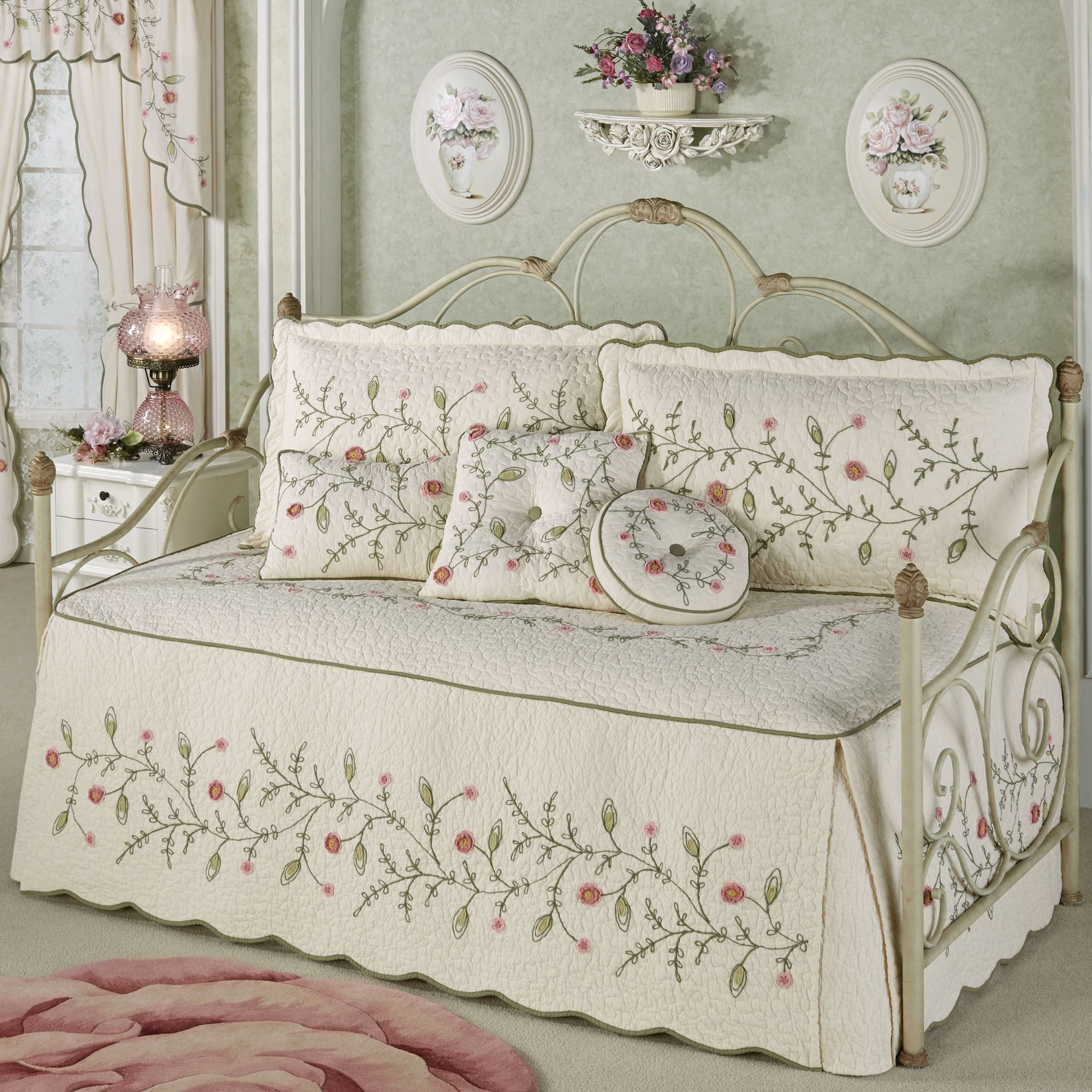 quilt floral bedding quilts p ruffled rose set heirloom fawn daybed
